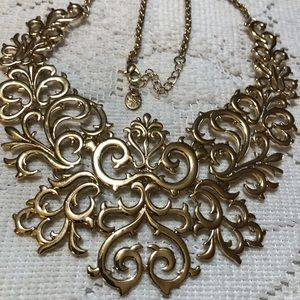 Icing bib gold tone necklace